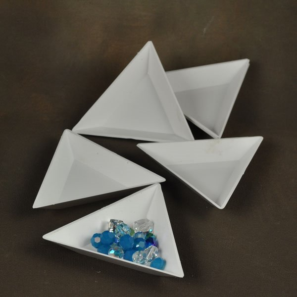 Tools - Sorting/Counting - Triangular Bead Trays - Plastic