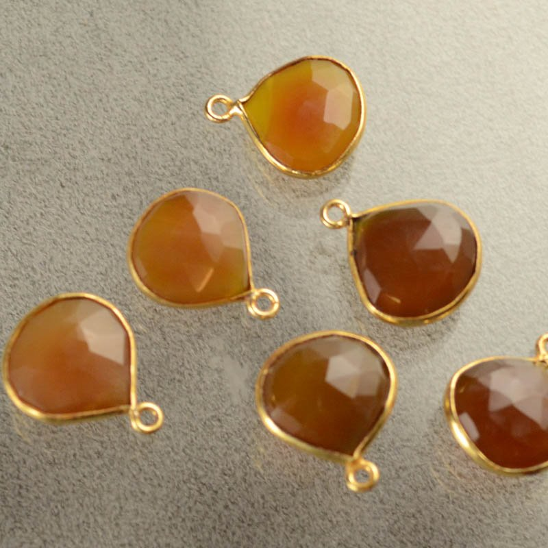 Gemstone Pendants - 15x17mm Faceted Drop / Channel Setting - Carnelian - Gold Plated