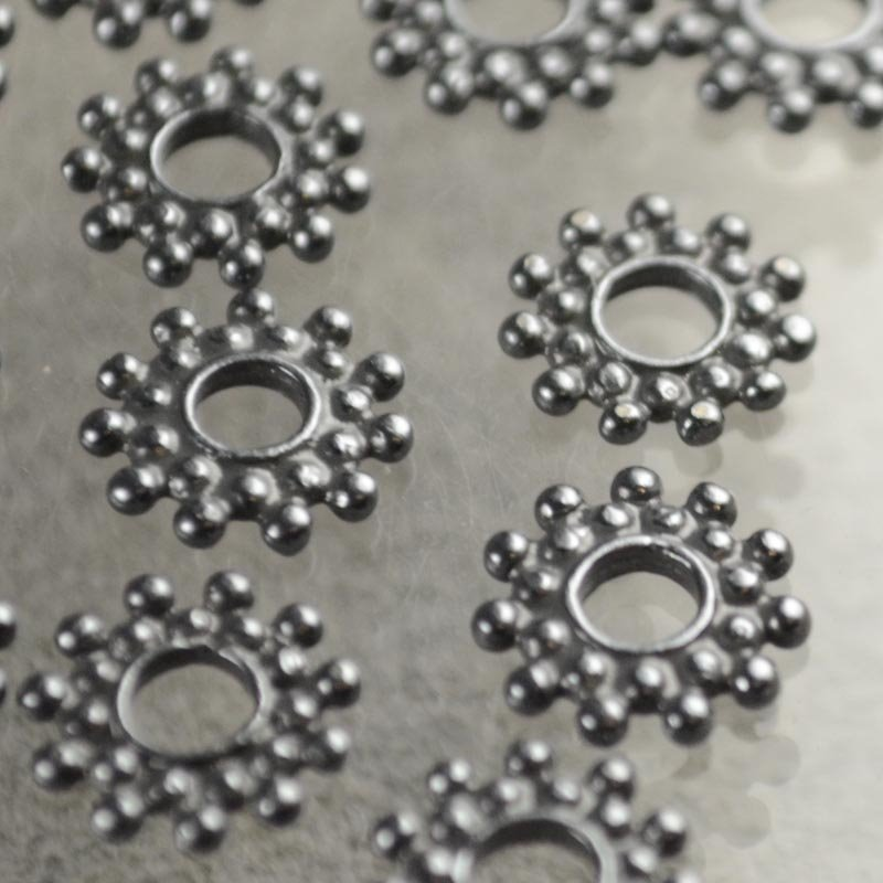 Metal Beads - 9.4mm Double Row Daisy Spacer - Gunmetal (10)
