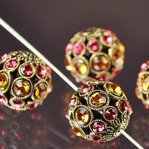 s30070 Swarovski Filigree Beads - 13mm Round - Topaz and Indian Pink / Antique Gold