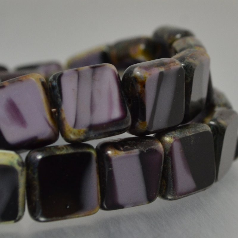 s35678 Czech Glass - 11 x 10 mm Flat Square Tablet - Blackcurrent Ice Cream (Strand 15)