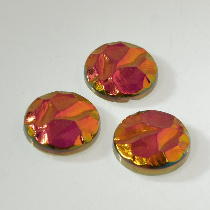 s49976 Glass - 16 mm Round Engraved Cabochon (13215) - Crystal Bright Mahogany