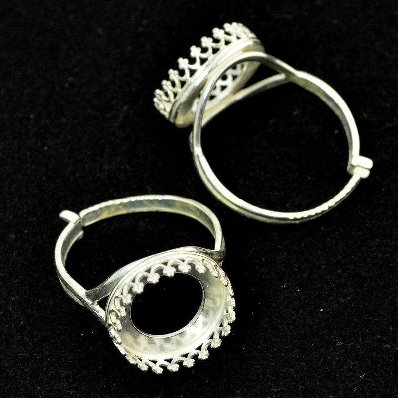 s49984 Finger Rings - ID 14 mm Crown Bezel - Bright Silver