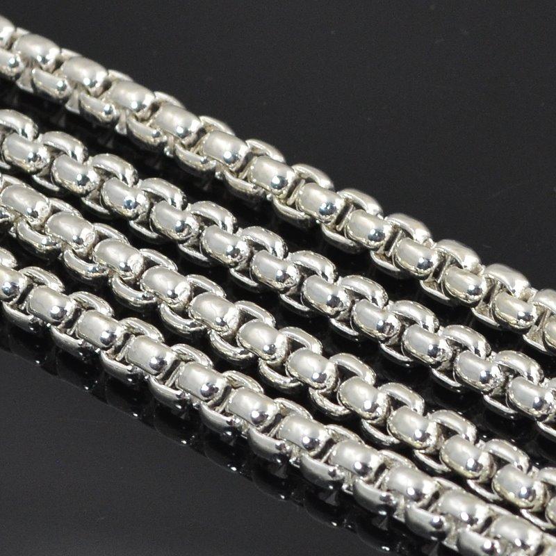 s50004 Chain - 4 mm Heavy Box Chain - Bright Silver (Foot)