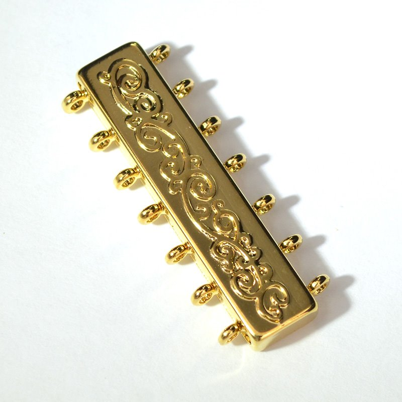 s53608 Magnetic Clasp 7-Strand Deco 1.5in - 18 Karat Gold Plated