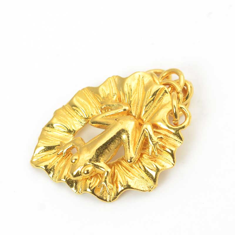 s63633 Clasp -  Frog on a Lily Pad - Gold Plated