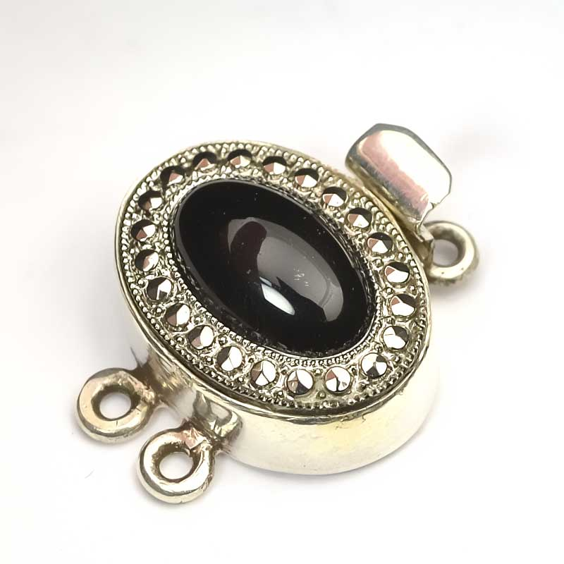 s63648 Finding - Box Clasp w Cabochon - 2-Strand Oval Cabochon - Black Onyx - Sterling