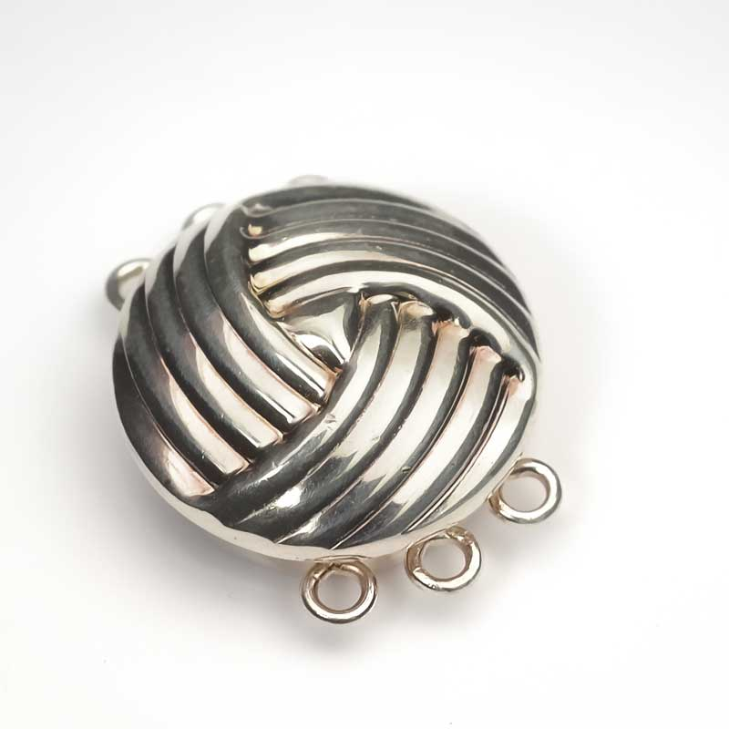 s63650 Findings - Clasps - Box Clasp - 3-Strand Ball of Yarn - Silver Plated