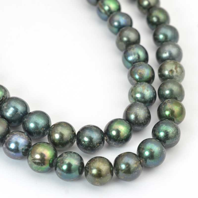 s64034 Freshwater Pearls - 8mm Near Round Pearl - Deep Green Pearl (strand)