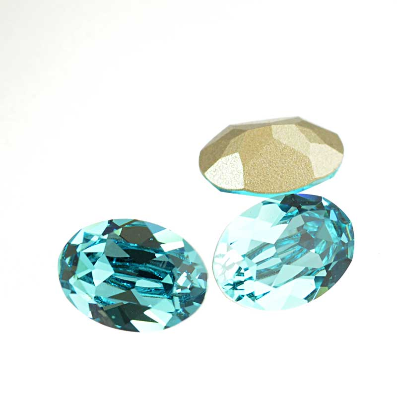 s64109 Swarovski Fancy Stone - 10x14mm Faceted Oval (4120) - Light Turquoise (3)