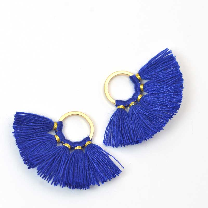 s64113 Components -  Fan Tassels - Lapis Blue (2)
