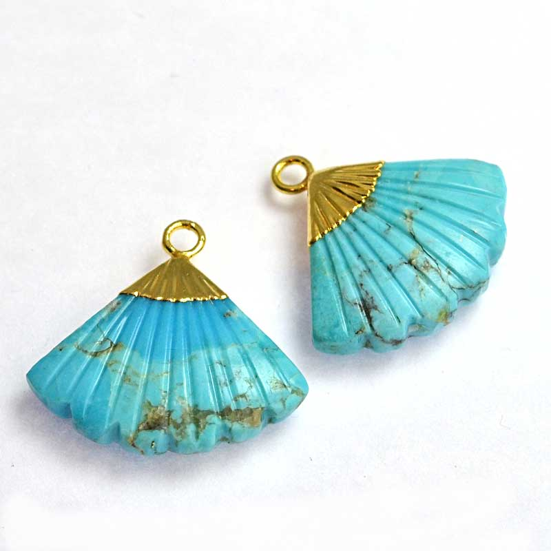 s64744 Stone Pendant -  Carved Fan-shape with Cap - Turquoise (Treated) - Goldplated