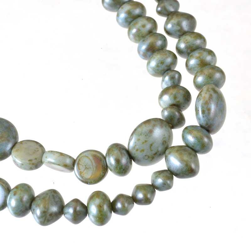 s64920 Glass Beads -  Random Shapes - Green Lumi (strand)