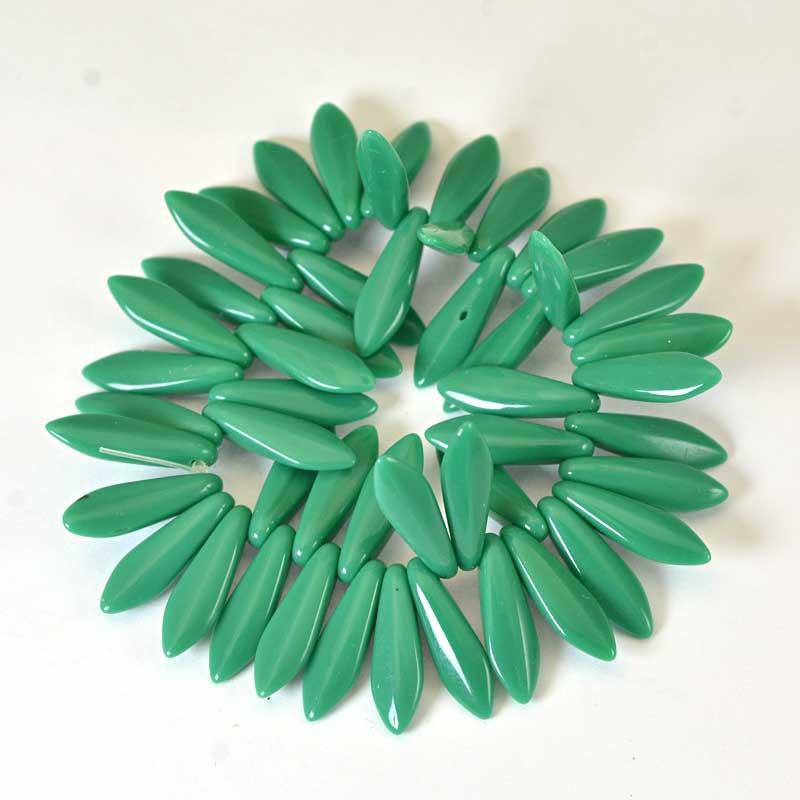 s65720 Fringe Beads Dagger Beads 15mm - Jade Green (25)