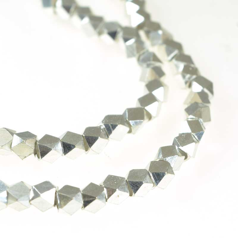 s67159 Metal Bead - 5.5mm Faceted Cube - Brushed Silver (strand)