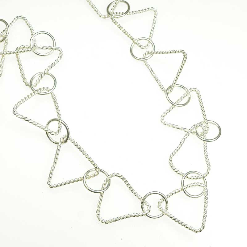 s67537 Chain Circle de Triangle 19mm - Silverplated (foot)