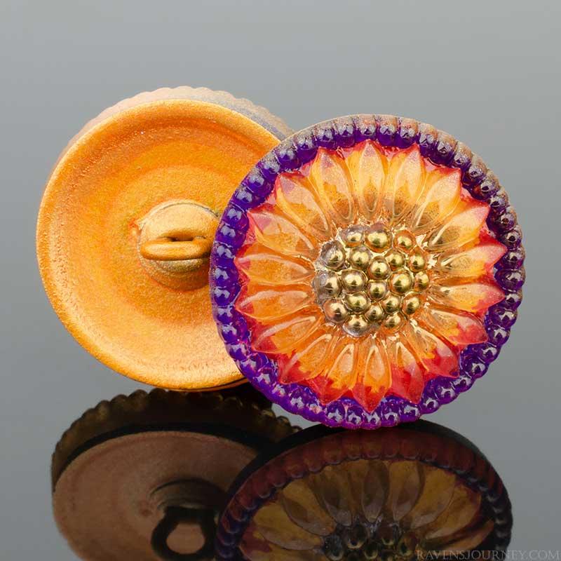 s67577 Czech Glass Button - 18mm Glorious Sunflower - Fire and Aubergine
