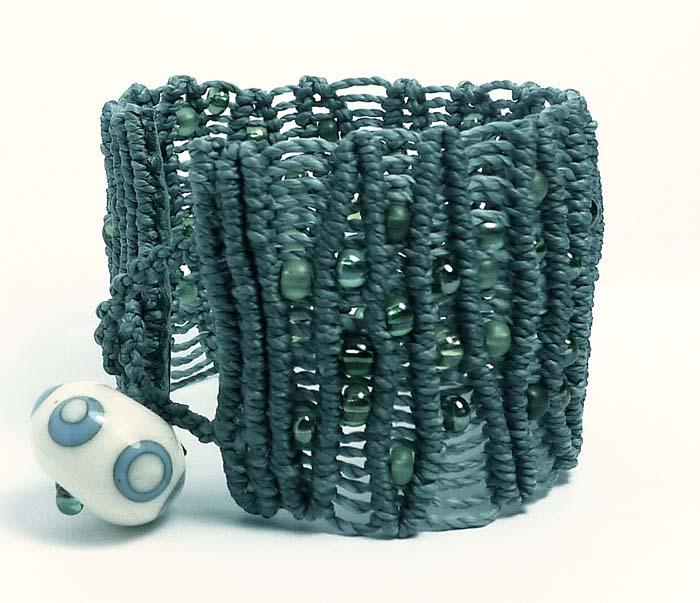 Knotted Waves Bracelet