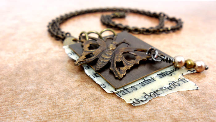 InspirationFX: Flutterby Stories: Pendant Necklace