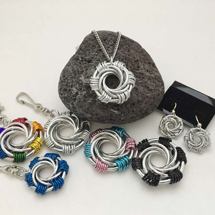 Maillestrom Chainmaille Pendant / Keychain / Earrings
