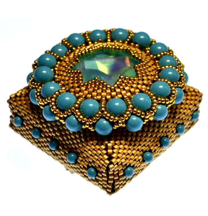 Peacock Pearl Box with visiting instructor Jean Power