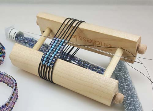 Stretchy Bracelets on the Endless Loom